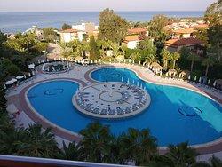 Dolphin de Luxe Hotel