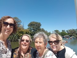 At the Rose Garden in Palermo with some nice ladies.
