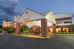 Fairfield Inn & Suites Charlottesville North