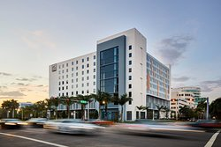 ‪AC Hotel by Marriott Miami Aventura‬