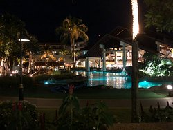 A five star hotel with two large hotel complexes with 4-5 pools.