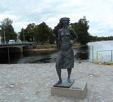 Statyn Sola i Karlstad