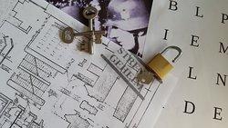 Escape History House