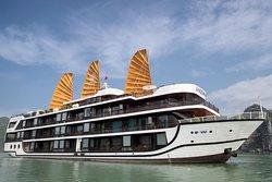 La Regina Cruises