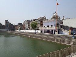 Santokhsar Sahib