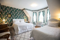 Browns Guest Home Bed & Breakfast