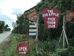 The Big'r Apple Farm