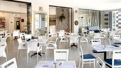 Plaka Restaurant Cresta