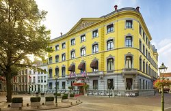 Hotel Des Indes, a Luxury Collection Hotel