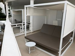 Sunbed in rooms with a Terrace