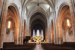 Cathédrale Notre-Dame du Glarier