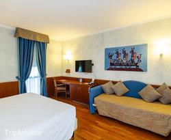 The Family Room at the Hotel Raffaello