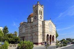 Ναός των Αγίων Θεοδώρων (Όμορφη Εκκλησία)