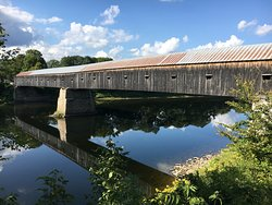 Windsor - Cornish covered bridge