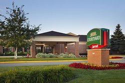 Courtyard by Marriott Milwaukee Brookfield