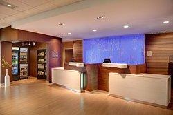 Fairfield Inn & Suites London
