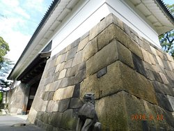 旧江戸城の遺構として残る 最古[寛永13年(1636)]の建築物です