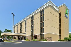 Holiday Inn Express Worcester Downtown