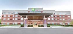 Holiday Inn Express & Suites Plymouth - Ann Arbor Area
