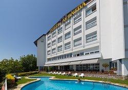阿维尼达酒店