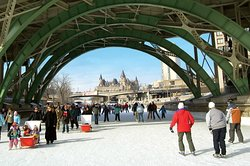 Rideau Canal skateway, Green bridge (348831956)