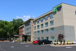 Holiday Inn Express & Suites Hendersonville SE - Flat Rock