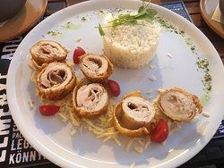 Palace Cafe & Restaurant