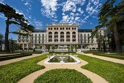 ホテル ケンピンスキー パレス ポルトロツ