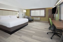 Holiday Inn Express and Suites Braselton West