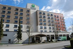 Holiday Inn Express Vancouver Airport
