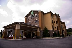 Holiday Inn Express & Suites Atlanta East-Lithonia