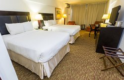 クラウン プラザ トリニダッド ホテル