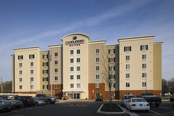 ‪Candlewood Suites Newark South‬