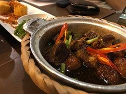 Authentics Vietnamese Cuisine that cooks with heart