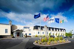 Park Inn by Radisson Shannon Airport