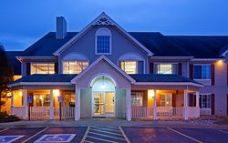 Country Inn & Suites By Radisson, Detroit Lakes