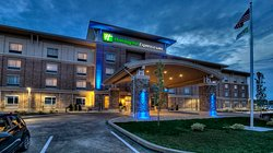 Holiday Inn Express & Suites Pittsburgh SW - Southpointe
