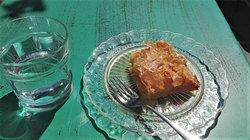 excellent home-made orange cake