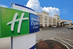 Holiday Inn Express Grove City