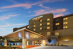 Courtyard by Marriott Houston Pearland