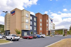 Fairfield Inn & Suites Calhoun