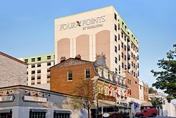 Four Points Hotel and Suites Kingston