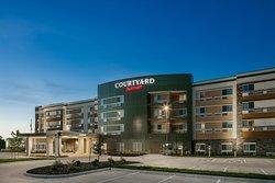 Courtyard Omaha Bellevue at Beardmore Event Center