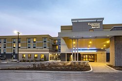 Fairfield Inn & Suites Springfield Holyoke
