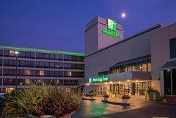 Holiday Inn Totowa