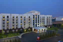 SpringHill Suites Newark Liberty International Airport