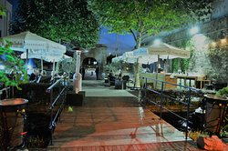 The Museum Courtyard Bar and Bistro