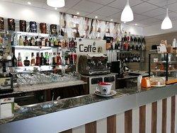 Caffe' 81