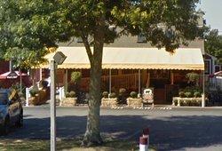 Lambert's Farm Market, Sandwich