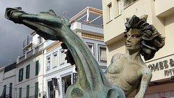 """Estatua """"La Bella Del Mar"""""""